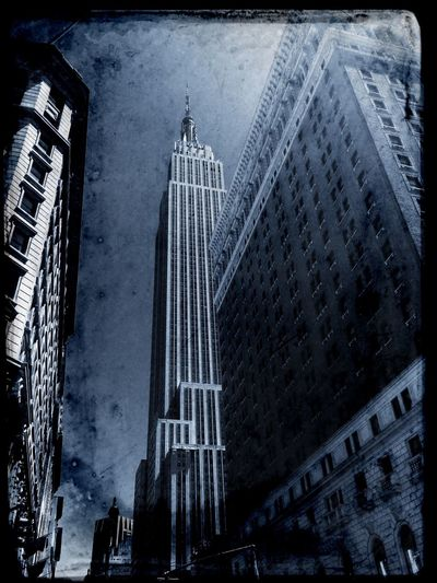Happy Tuesday! Tadaa Community Black & White Architecture Empire State Building