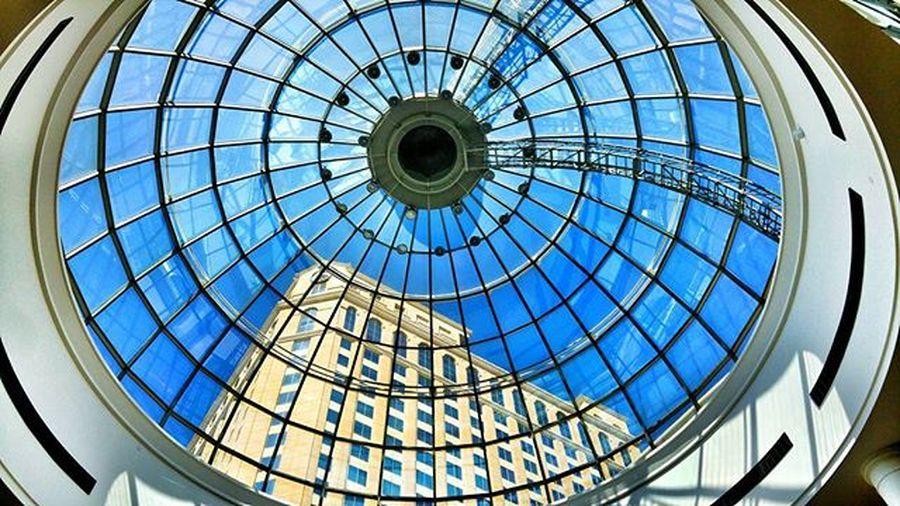 Look up. Moe Dubai Mydubai LG  G4 Camera Phonography  Photooftheday Picoftheday Architecture Mall