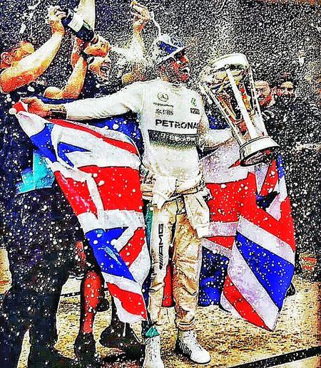 Just my tribute to Lewishamilton 3 times F1 World Champion!!!!! LH44 LHFAN TeamLH Motorracing Formula 1, Senna Fan.