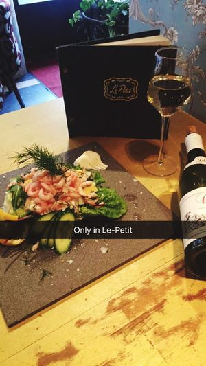 Check This Out Relaxing Enjoying Life LE-petit Cafe (null)Le-Petit Cafe Linngettan