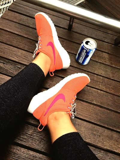 Running makes me happy Nikerosherun Keep Fit Sneakers Runningshoes I Love Shoes