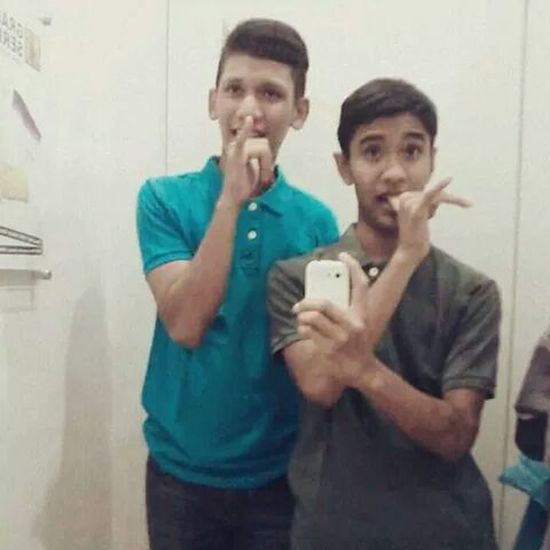 Throwback with my lovely foster brother ... Throwback Bodyglove Fittingroom DataranPahlawan #thanks