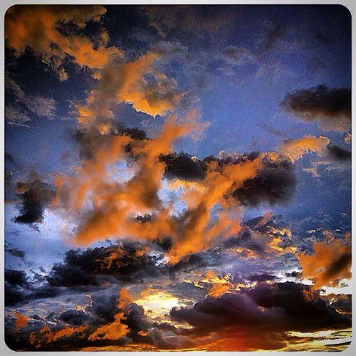Asian Sky Gilgiuglio AgilPhoto www.photo-tourisme.com