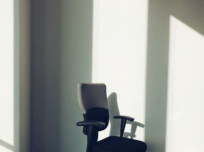 Empty Iphoneonly IPhoneography Light And Shadow No People Chair Office Chair Office Day