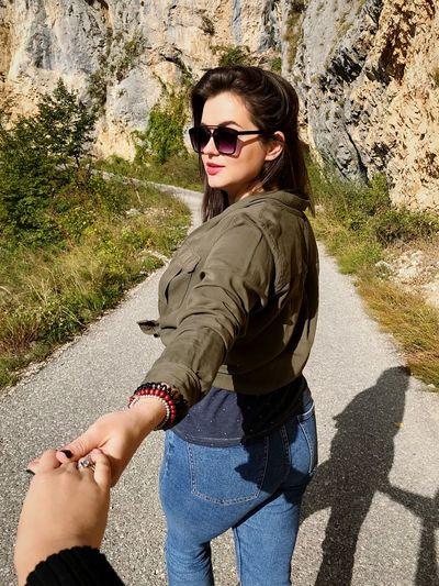Sunglasses Glasses Fashion Real People Sunlight Lifestyles Leisure Activity