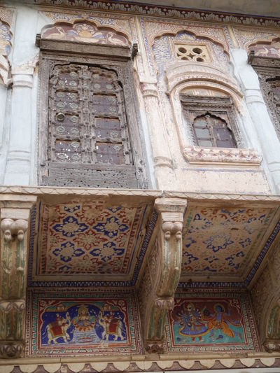 Arch Architectural Column Architectural Feature Architecture Art Built Structure Carving Carving - Craft Product Column Day Design Façade Historic History Low Angle View Mandawa Mandawa, Rajasthan No People Old Ornate The Past Tourism Travel Destinations