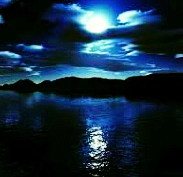 Reflection Lake Water Sky Outdoors Scenics No People Tranquil Scene Tranquility Glowing Moon Black Scratch Artwork Check This Out EyeEmNewHere Arts Culture And Entertainment Photography Glowing Moonlight Illuminated Art Tranquility Horizon Over Water Water Reflections, Moon Dark Blue Cloud - Sky
