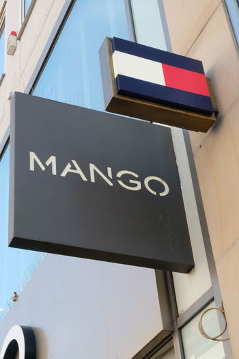 Mango store signage. Mango is a Spanish clothing and accessories apparel retailer Clothes Store Mango Shopping Shopping ♡ Brand Close-up Clothing Shop Clothing Store Shop Shopaholic Shopping Mall Sign Store Symbol
