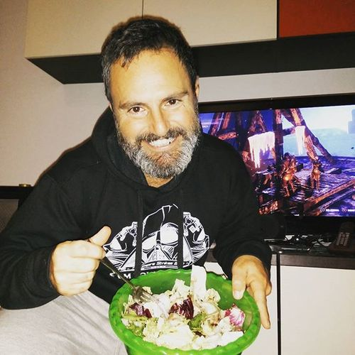 Another salad week (and The rise of Tomb Raider) Dietaseria Runforlife Running Diaryofafatman Webseries Iliveinamovie Iwasborntobeandactor Realheroes Moviescene Motivation Theraiseoftombraider Tombraider XboxOne videogames Alchermesvideoproduction