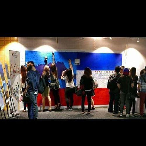 kdu university college students at S2S Photo Exhibition gateway@klia2 Senihalimunan Camouflageart Tonymdy S2S