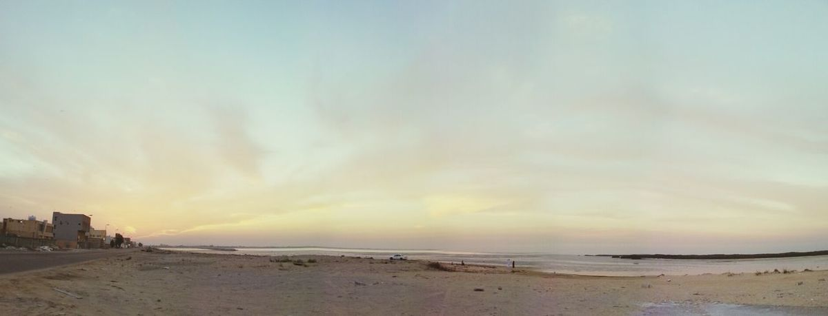 Sunset #sun #clouds #skylovers #sky #nature #beautifulinnature #naturalbeauty #photography #landscape قطيف الخير
