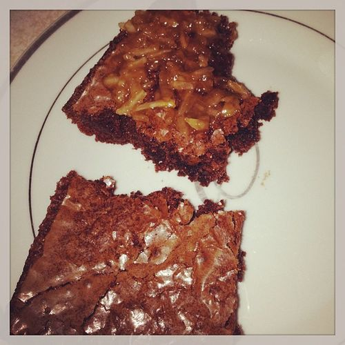 Coconutpecanfrosting Fudgebrownies Brownies Bake bakingwhore formysquishy sundayfunday chillday