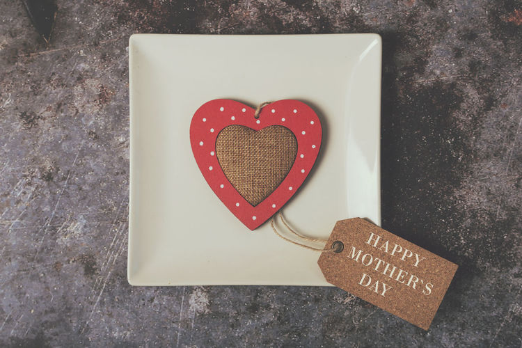 Love Positive Emotion Emotion Heart Shape Message Mother's Day Mother Mom Family Heart Motherhood Gift Decoration Dinner Decorative Symbol Background Texture Shape Celebrate Event Party Celebration