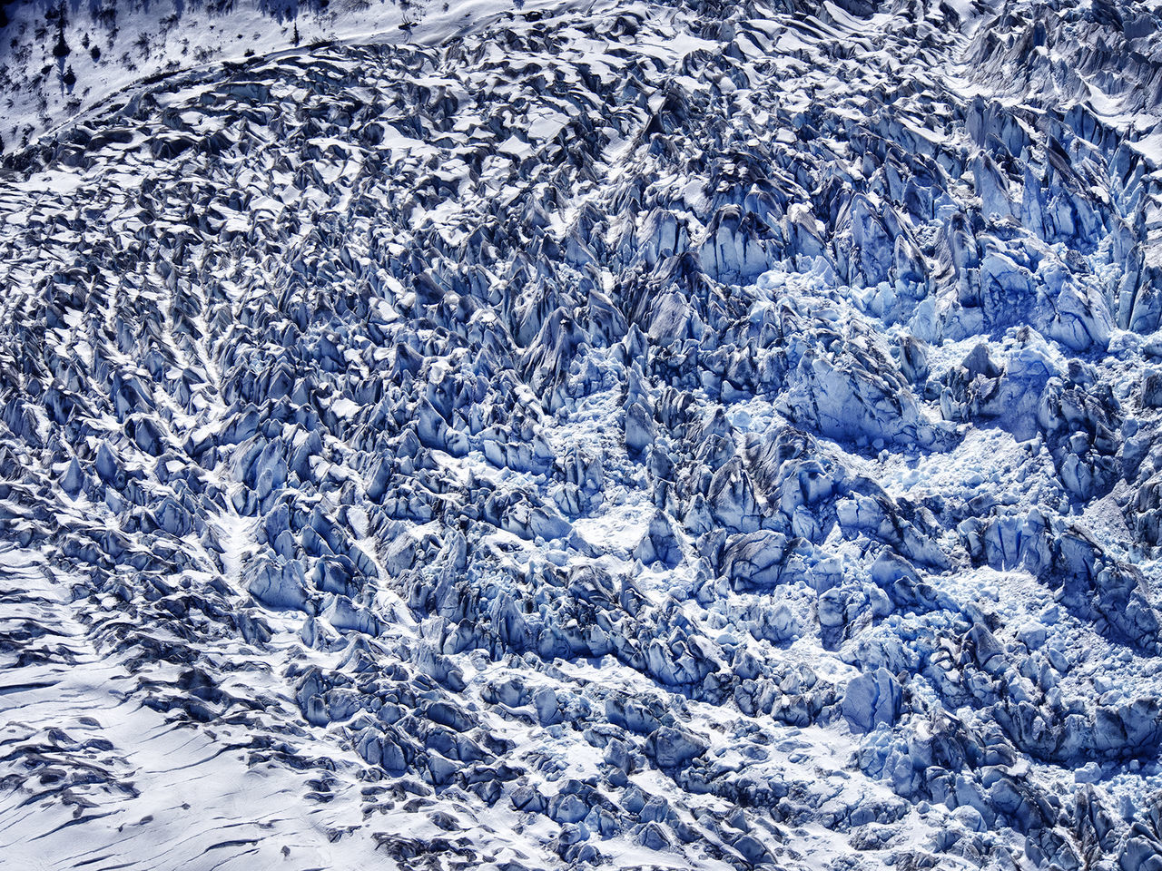 full frame, backgrounds, cold temperature, nature, no people, water, winter, purity, ice, snow, blue, pattern, beauty in nature, environment, day, outdoors, textured, frozen