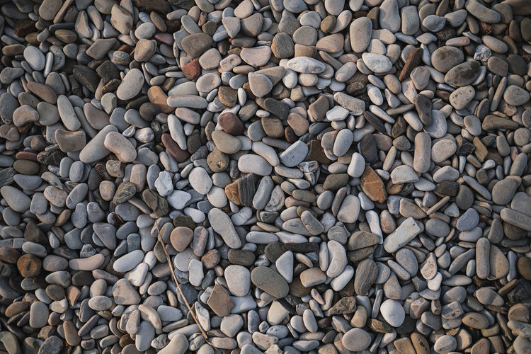 Texture stones of different sizes on the seashore
