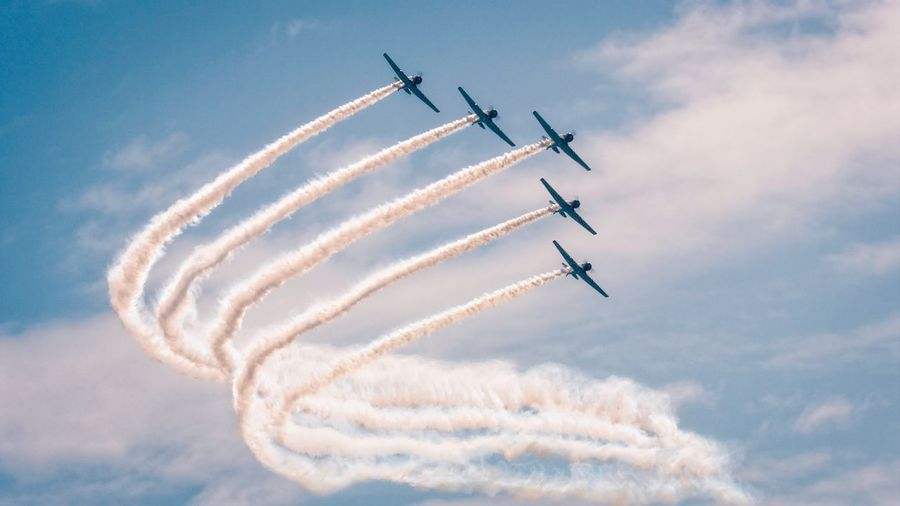 Atlantic City Airshow 2018 Canon60d Canon70-200f4L Canon Photography New Jersey Atlantic City New Jersey Photography Air Vehicle Cloud - Sky Airplane Flying Airshow Sky Mode Of Transportation Vapor Trail Motion on the move Fighter Plane