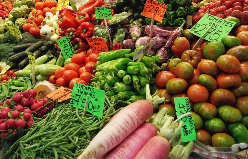 Veggie Vegetarian Food Natural Fresh Produce Market Market Stall Price Tag Retail  For Sale Food And Drink Food Freshness Green Color Variation Vegetable Healthy Eating Large Group Of Objects Choice
