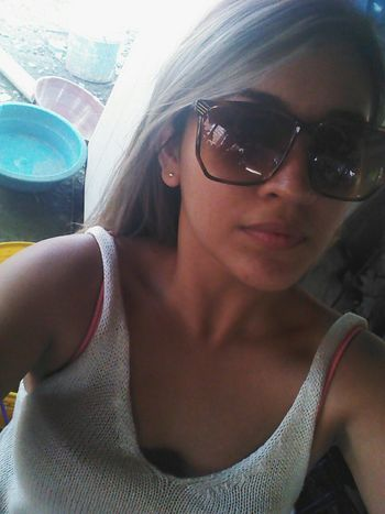 Hello !! Socializing Blondie Colombiangirl