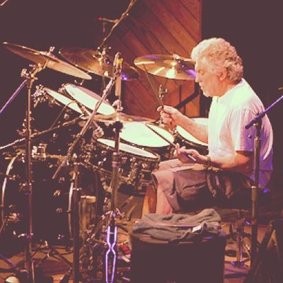 I would like to honor Dr. Steve Gadd as my own greatest Drummer in the world for influencing me on Drums and CAJON . Full respect !