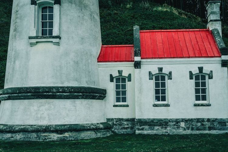 EyeEm EyeEm Best Shots EyeEmNewHere EyeEm Gallery EyeEm Selects Simple Photography Simple Architecture Red Residential Building Window House Architecture Building Exterior Built Structure Window Box Tiled Roof  Rooftop Country House Outside Roof Roof Tile Building