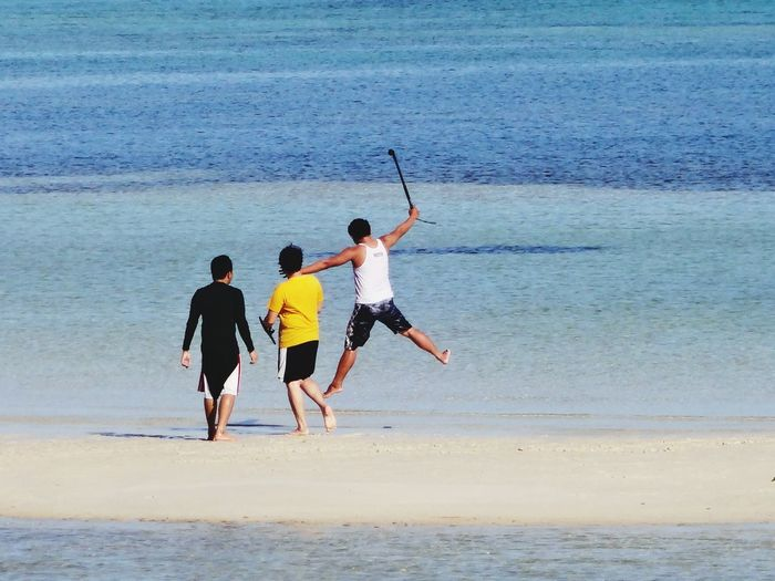 Shot from very far 10xZoom Auto Focus A Stolen Shot Sea And Sky Blue And White Sand FRIENDSHIPGOALS Horizon Over Water Men Day Water Beach Sea