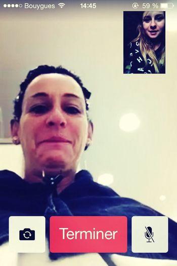 avec ma maman qui est au coiffeur muahahah