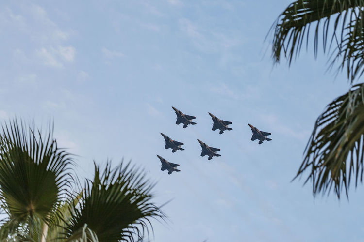 Aeroplane F-16