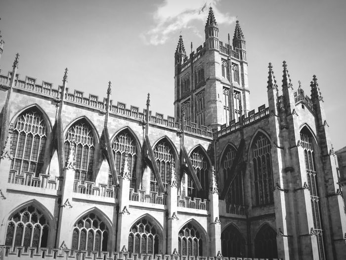 Low Angle View Of Bath Abbey Against Sky