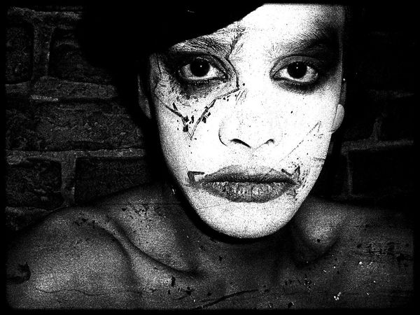 BERLINQUEEN First Eyeem Photo Underground Club Clubkid Drag Clubrebel Black & White Picturing Individuality Shades Of Grey My Fuckin Berlin Nightclubbing The InnovatorClubbing Hello World EyeEm Best Shots Gayboy Night Club Eyem Best Shots Gay Boy Nightclub Club Life Boy With Make Up Gay Monochrome Photography This Is Masculinity
