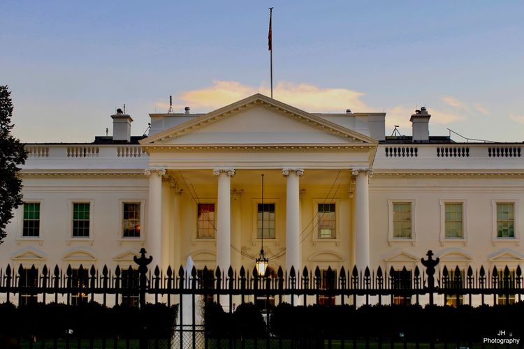Architecture Built Structure Building Exterior Architectural Column History Sky Travel Destinations People Large Group Of People Whitehouse Trump Obama America USAtrip Washington, D. C.