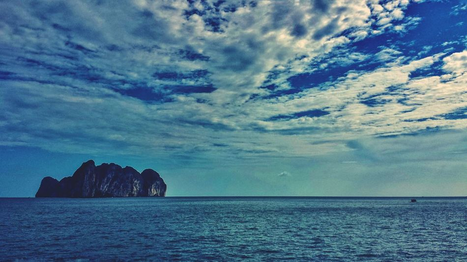 Outdoors Krabi Thailand Island Southern Thailand ASIA Southeast Asia Morning Hillside Cloudy Silhouette Karst Seascape Andaman Sea Ocean Koh Phi Phi Leh Landscape Clouds Blue Sky