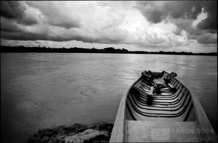 Apure River, Apure State - Venezuela / Photography by Aaron Sosa / www.aaronsosaphotography.com www.aaronsosablog.com Black And White Photography Venezuela LosLlanos