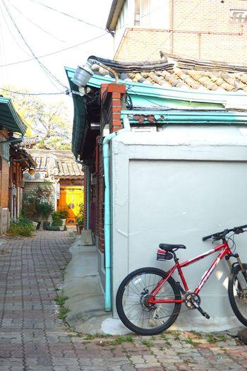 Alley Hanok Village Fall Season No People Seoul, Korea