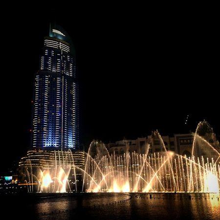 Dubai fountains Dubai Dubai Fountain Gapyear Traveling Travels IPhoneography IPhone Photography