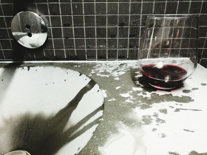 Indoors  Domestic Room No People Shadow Day Close-up Wine The Photojournalist - 2017 EyeEm Awards Visual Feast Wine Not Food Stories