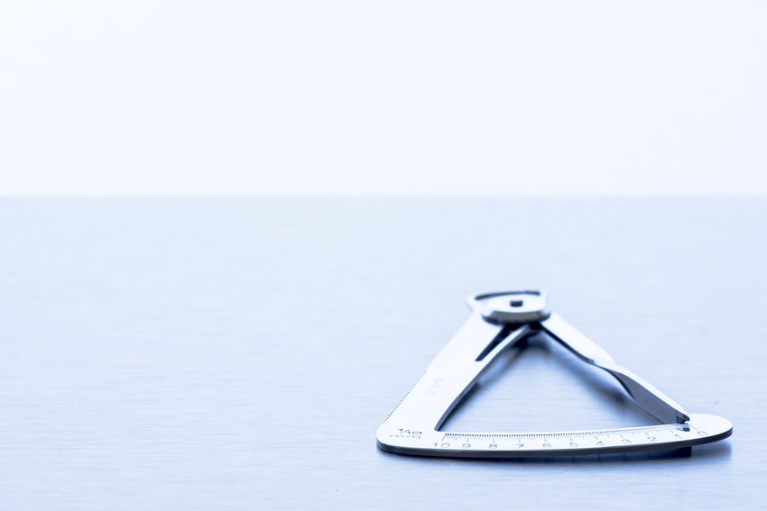 Close-up Dentist Tools Dentists Indoors  Measurement Gauge No People Single Object Studio Shot White Background