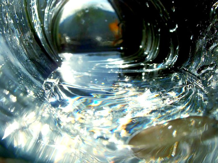 °H2O° Water Drop Close-up Reflection Shiny Backgrounds Full Frame Washing Cleaning No People Nature Day Outdoors Amateur Photography Amateurphotography Creativity Architecture Outdoors Photograpghy  Indoor Lighting Indoorshot Glass Reflections Transparent Travel Destinations EyeEmNewHere Outdoors Photograpghy  Art Is Everywhere Out Of The Box The Week On EyeEm