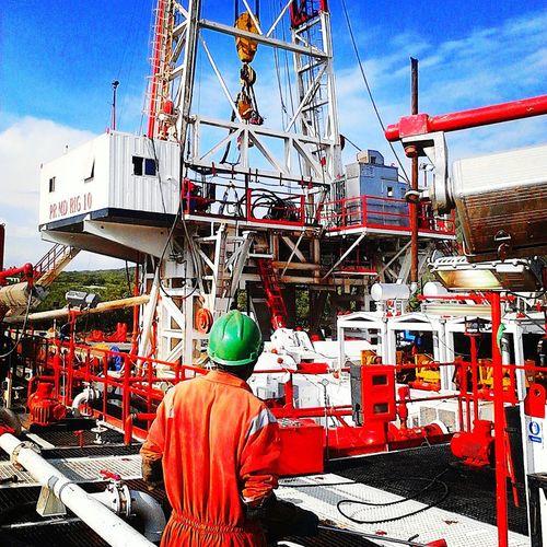 Rare Sighting Of The Oilfield Romantic Oilfieldheathens OilfieldTrash Oilfield Check This Out