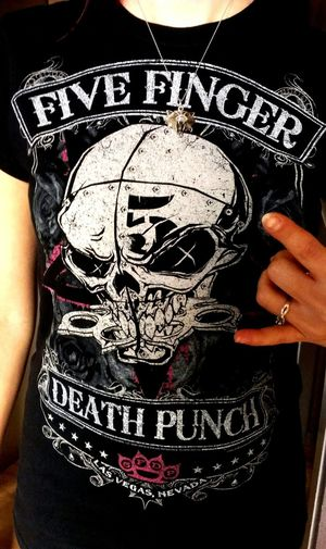 I'm gonna knock you out, mama said knock you out 👊🎵😪- Five Finger Death Punch Five Fingers Metal Heavy Metal T-shirt Favorite Band 5FDP Let's Rock! Skull That's Me!