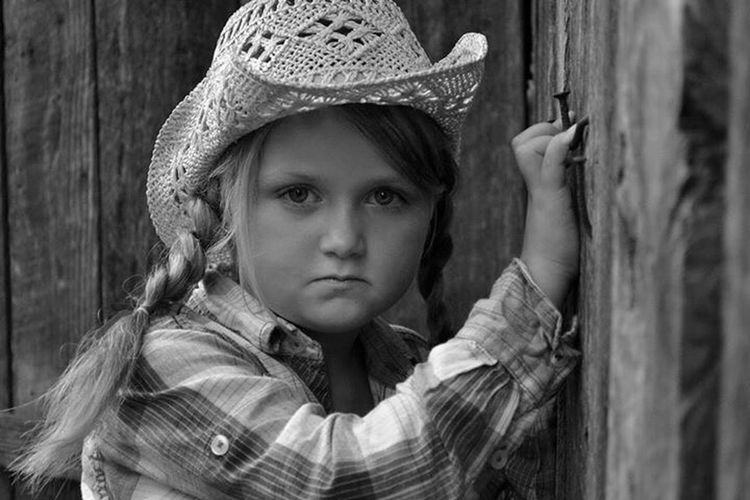 My darling diva Close-up Child Headshot Hat Disappointment One Person People Children Only Childhood Portrait Outdoors Day Adult Blond Hair Beauty EyeEmNewHere Human Face Posing Glamour Looking At Camera One Young Woman Only Smiling Make-up Real People