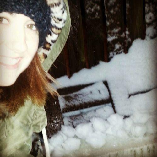Camping waiting for boyf to turn up Snowballfight Ambush Freezing Knobhead Hiding Attack Love Prank