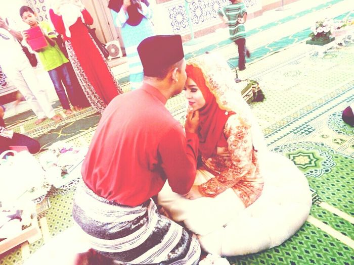 May allah bless them till Jannah Indoor Photoshoot Mousque Foreheadkisses Love One Another Be Awesome