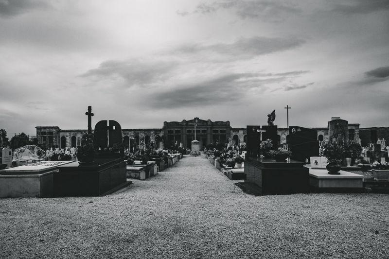Beerdigung Cemetery Friedhof Grab Gräber TOD