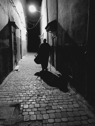 The alley People Watching Streetphotography Streetphoto_bw People Photography Monochrome Blackandwhite B&w People Shillouette