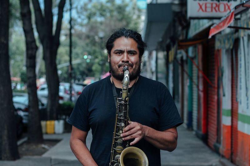 Music man. Music Streetphotography Saxophone Saxophonist Instrument Street The Street Photographer - 2016 EyeEm Awards The Portraitist - 2016 EyeEm Awards