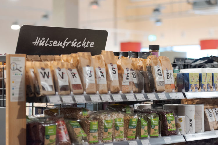 Information sign for sale in market