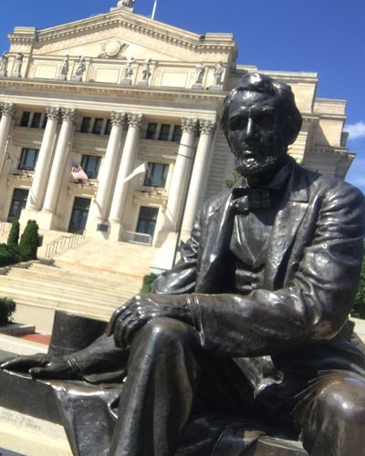 Statue Sculpture Architecture Built Structure Building Exterior Outdoors Day Sitting No People City Abraham Lincoln Statue