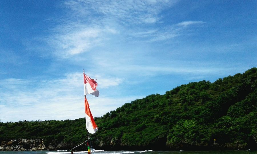 Love Indonesia💖 Mountain Flag Patriotism National Icon Beauty In Nature Day Nature Cloud - Sky Loveindonesianature Outdoors Independence Sky No People Tree Freedom First Eyeem Photo Traveling Home For The Holidays