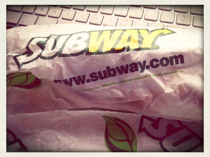 editing food... new subway bbq melt chicken...