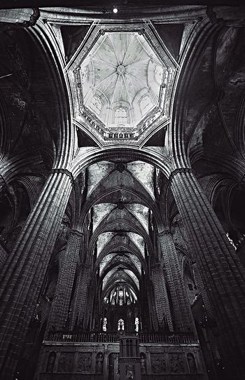 Traveling Travel Barcelona SPAIN Architecture Geometry Black & White Black And White Architecture_bw DmitryBarykin